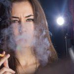 Женщина и никотин